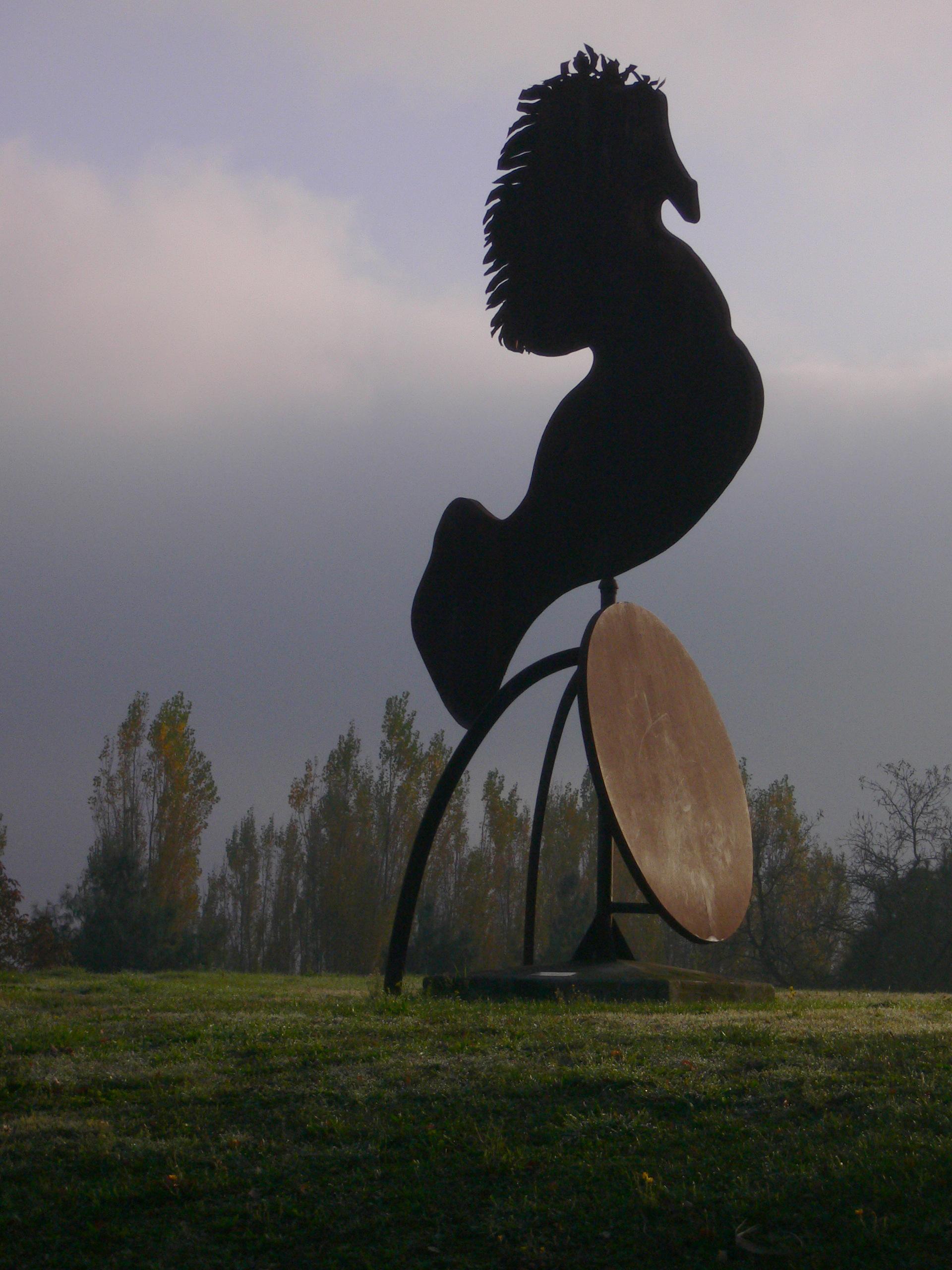 Grand Cheval  mobil en tôle , parc publique    Villeneuve Tolosane  ca H 500 cm 1995