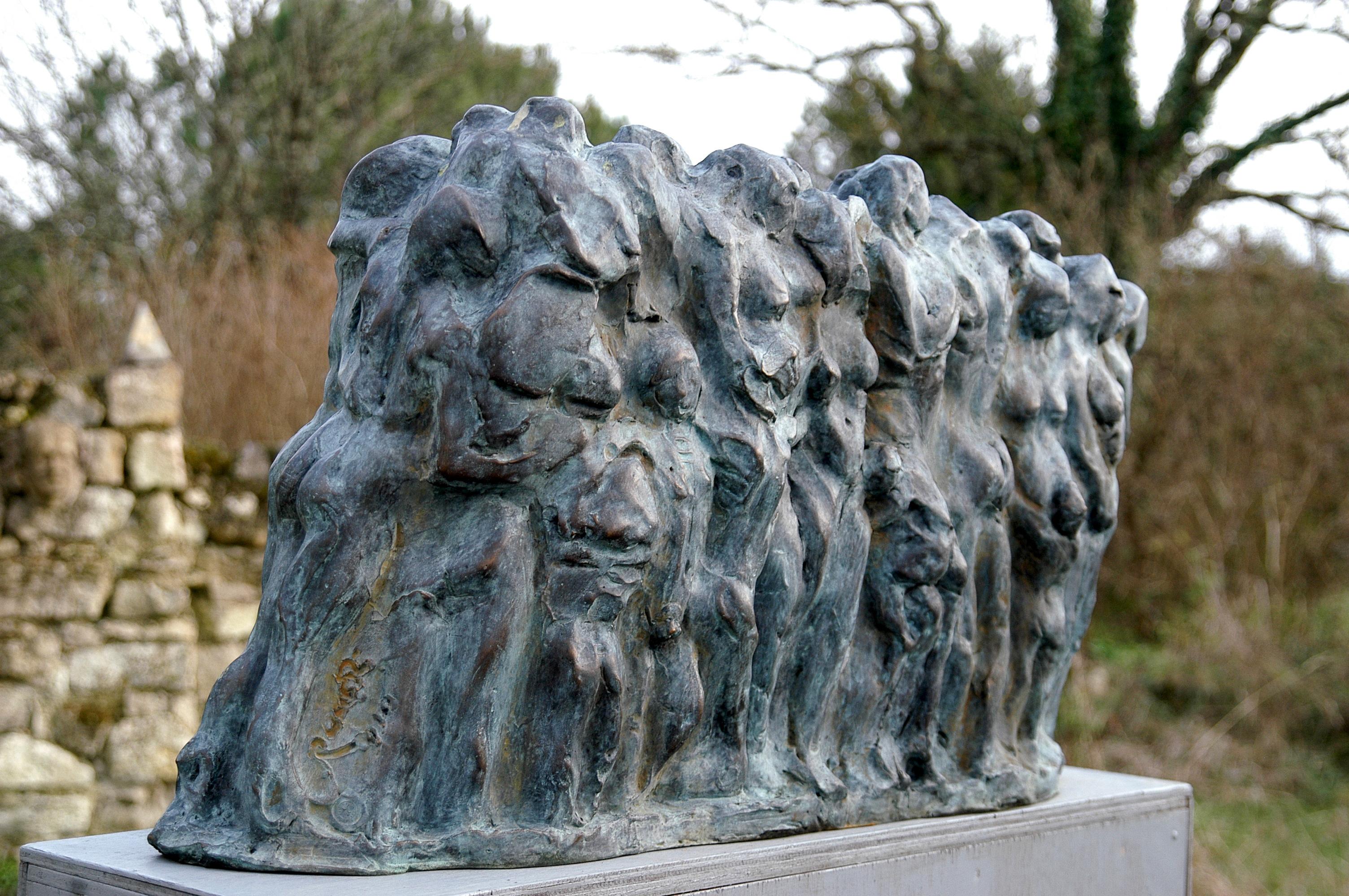 ls migrants,bronze,100x40 x36 cm