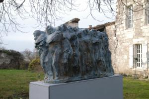 les migrants ,bronze ,100x40x36 cm